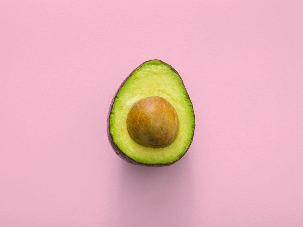 Die gesunden Fett der Avocado eignen sich hervorragend für die ketogene Ernährung.